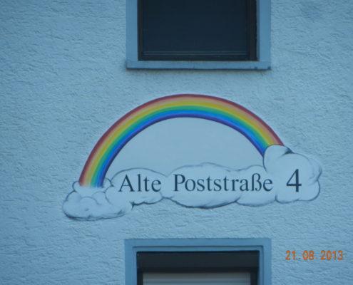 Dekorative Gestaltung Hausnummer mit Straße