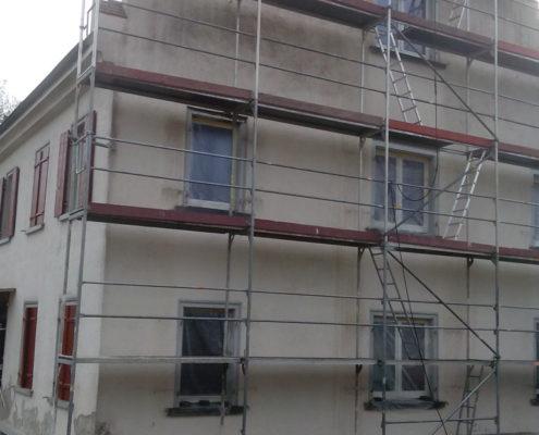 Fassade in Kanzach - Fassadenseite Teilrenovation vorher