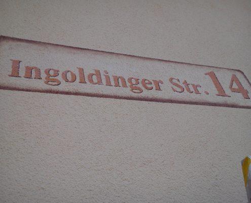 Straßenname mit Hausnummer Muttensweiler